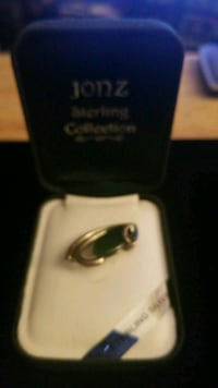 Sterling silver Jonz pendant with Jade