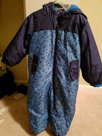 24months snow suit  Stafford, 22554