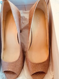 Like new: Calvin Klein peep toe shoes Santa Clara