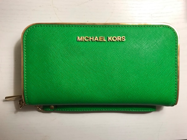 42c4d2ffee8505 Used Michael Kors Wallet for sale in Tucson - letgo