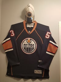 Signed 2006 Oilers Cap and Jersey
