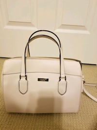 white leather 2-way handbag Port Coquitlam, V3B 0H4