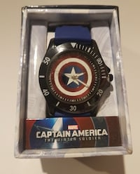 round Marvel Captain America print analog watch with blue band 860 mi