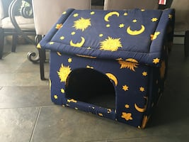Indoor cat/small dog house
