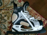 Easton synergy 700 size 8.5EE Vancouver, V5T 3J1