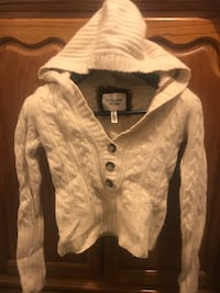 Sweater with hoodie size M in excellent used condition  Palmdale, 93550