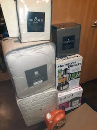 Food processor, king size comforter sets and sheets , still avalible