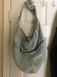 Pretty denim bag with all the zips intact in perfect condition San Marcos, 92078