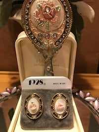 Pretty!Vintage Victorian  Rose 1928 Earrings Gainesville, 20155