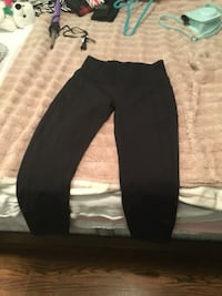 Lululemon size 8 leggings and medium  hoodie  Toronto, M8Z 2K5