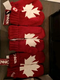 NEW -only 2 left - Canada Olympic mittens New Westminster, V3L 3E3