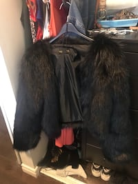Black faux fur cropped jacket  Toronto, M5T 1L7