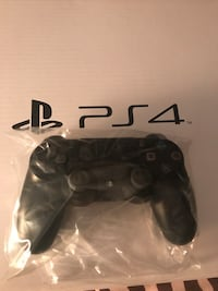 PS4 controller  Windsor, N8S 2H4