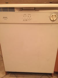 FRIGIDAIRE dishwasher- ultra quiet 1 Laval, H7E 5M2