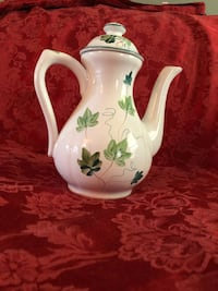 Herend vintage coffee & tea set from Hungary Hand painted ivy pattern. Burke, 22015