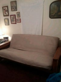 Quality FUTON/Couch bed - 7inches deep w/ 2 covers