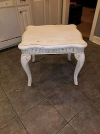 WHITE ANTIQUE END TABLE