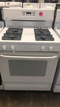 GE gas stove excellent conditions  Bowie, 20715