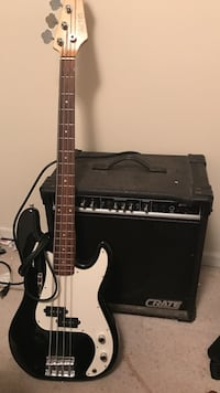 black and white 4 string bass and crate bass amp Columbia, 65202