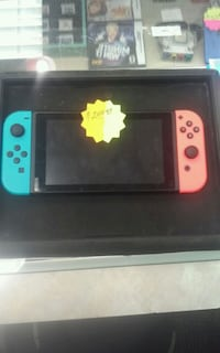 Nintendo switch game system. 205893-1 Louisville, 40202