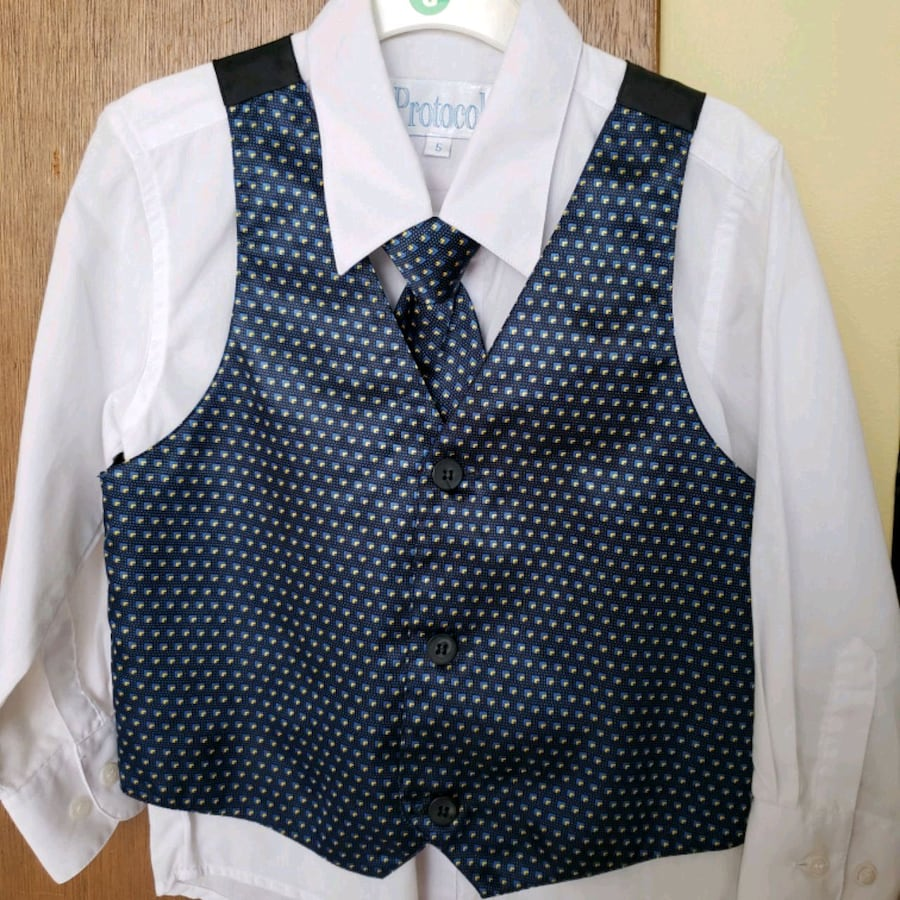 Boy's Dress shirt set with Vest and tie- size 5