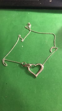 .925 heart necklace  Glendale Heights, 60139