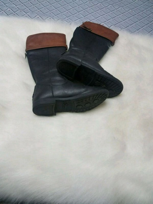 Toddler Size 13 Boots c14c4c30-45e6-4656-adc7-5489bf932443