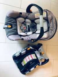 Chicco Bravo KeyFit 30 Car Seat with base