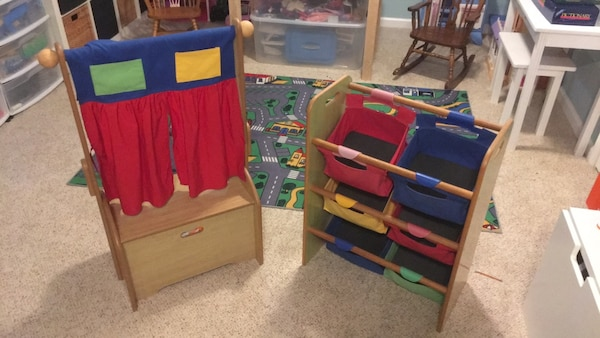 Children's wooden storage set
