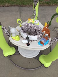 baby's white and green jumperoo Sherwood Park, T8H 1T3