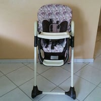 High chair with 4 different height settings Hollywood