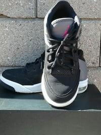 black-and-pink Air Jordan basketball shoes with bl Los Angeles, 90061