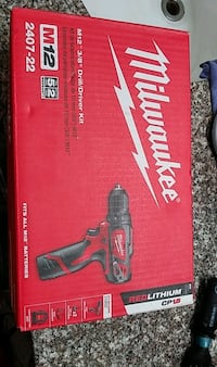 Milwauke drill/drive kit