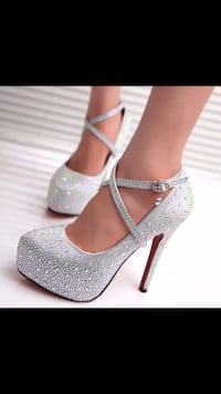 Beautiful wedding shoes for ladies  Des Moines, 50310
