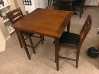 Cherry Table with 2 Matching Chairs Dayton, 45458