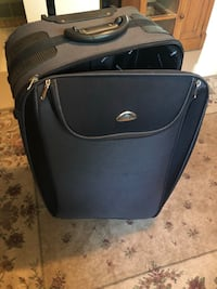 Suit case Port Colborne, L3K 2K4