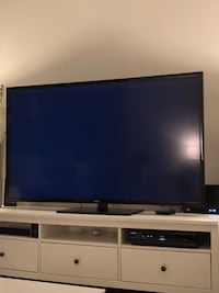 "Samsung 65"" smart TV Milton, L9E"
