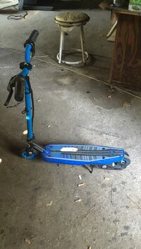 blue and black kick scooter Cartwright, 74731