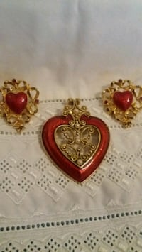 VTG AVON BROOCH/PENDANT AND EARING SET