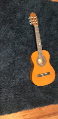 Acoustic guitar with case tuner chips and book Alexandria, 22315