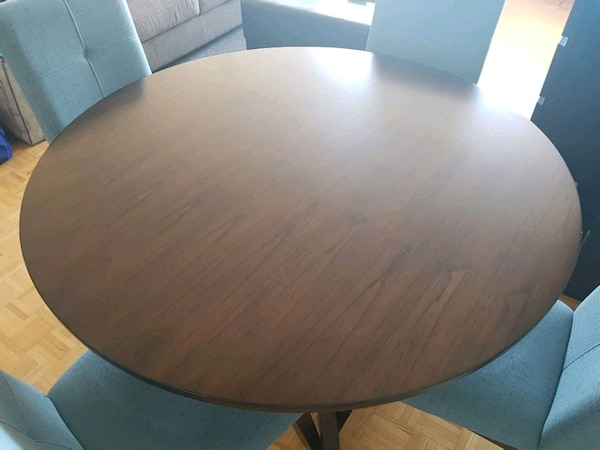 """48"""" round table + 4 chairs"""