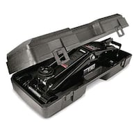 Craftsman 2.25 ton steel floor jack with case Sioux Falls, 57106