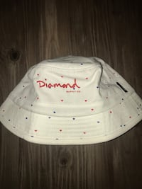 White diamond bucket hat