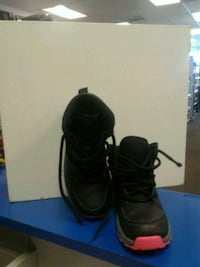 Nike ACG Boots Size-2Y Hagerstown, 21740