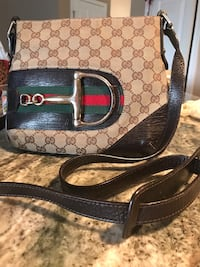 Gucci vintage crossbody  bag Devon