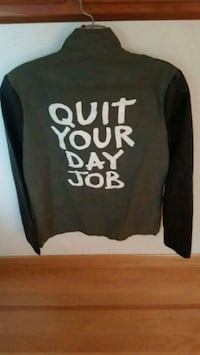 Quit your day jacket size womens S/P mint Portland, 97220