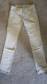 Abercrombie & Fitch women's light beige khakis  Windsor