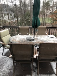 Beautiful patio - table and 6 chairs Oakton, 22124