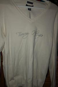 Tommy Hilfiger long sleeved sweater