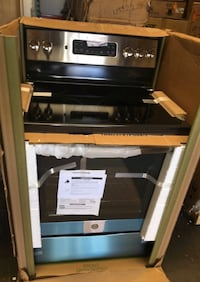 GE 30 in. 5.3 cu. ft. Electric Range  Convection Oven Stainless Steel